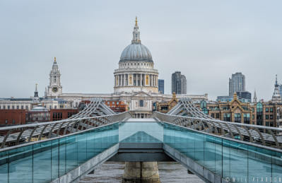 Millennium Bridge to St Paul's Cathedral
